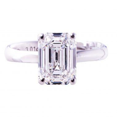 18K Weissgold Emerald Diamantring VVS2/E 3,01 ct. HRD Zertifikat Wertgutachten 154.000,00 Euro